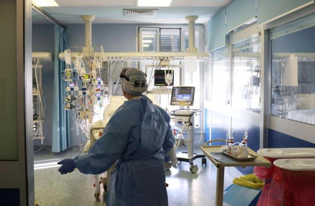 Italy reports 192 coronavirus deaths on Sunday, 17,455 new cases