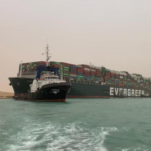 UPDATED:Tug boats working to free container ship stuck in Suez Canal