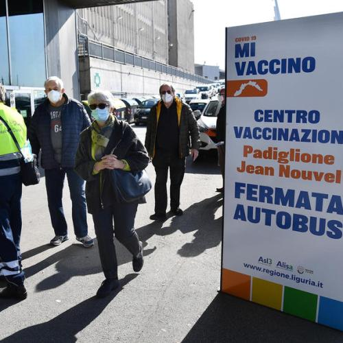 Italy sees 529 more COVID deaths as prevalence of variant rises