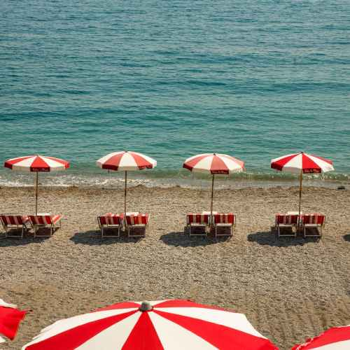 Dutch sign up for test holiday on Greek island