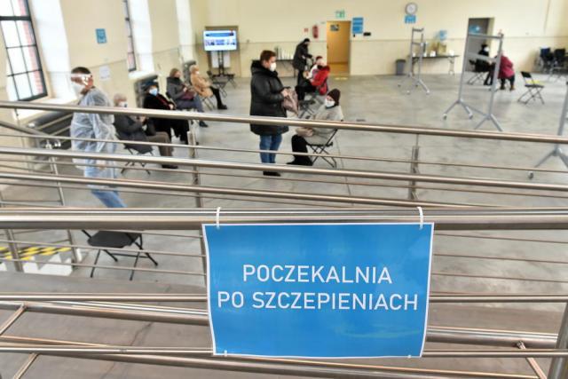 Poland set to hit 20,000 coronavirus cases a day