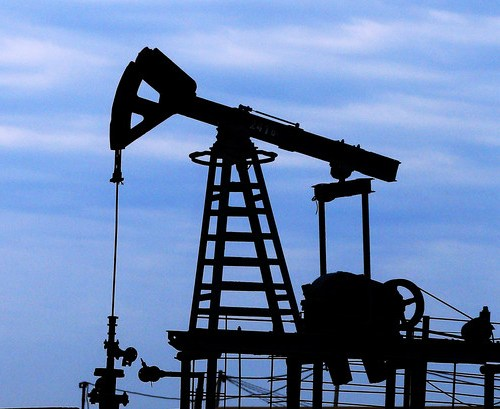Oil rises on expectations OPEC+ will maintain supply discipline