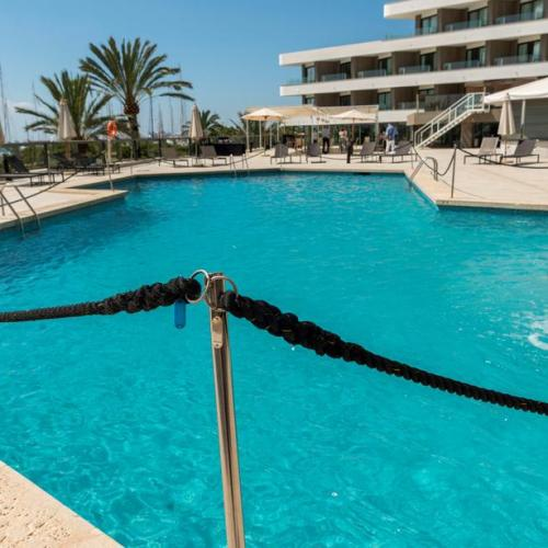 Spanish hotel chain Melia sues government for lockdown damages