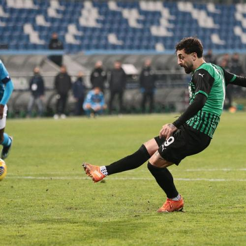 Sassuolo earn thrilling Napoli draw with final kick of the game