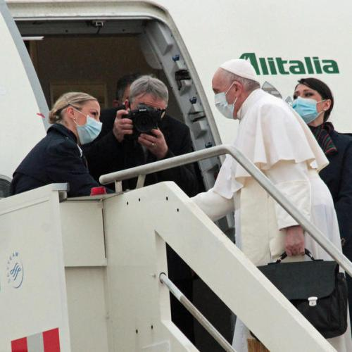 UPDATE – Pope Francis leaves Rome to start historic pilgrimage in Iraq