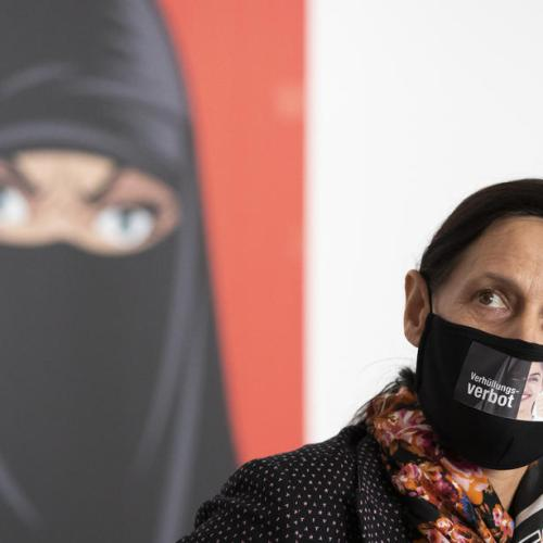 Swiss voters back ban on facial coverings in referendum -official