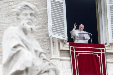 Latest Mediterranean migrants tragedy a time for shame, Pope says