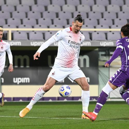 Ibrahimovic makes history as AC Milan edge Fiorentina thriller
