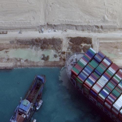 UPDATED – Ever Given container ship stuck in Suez re-floated