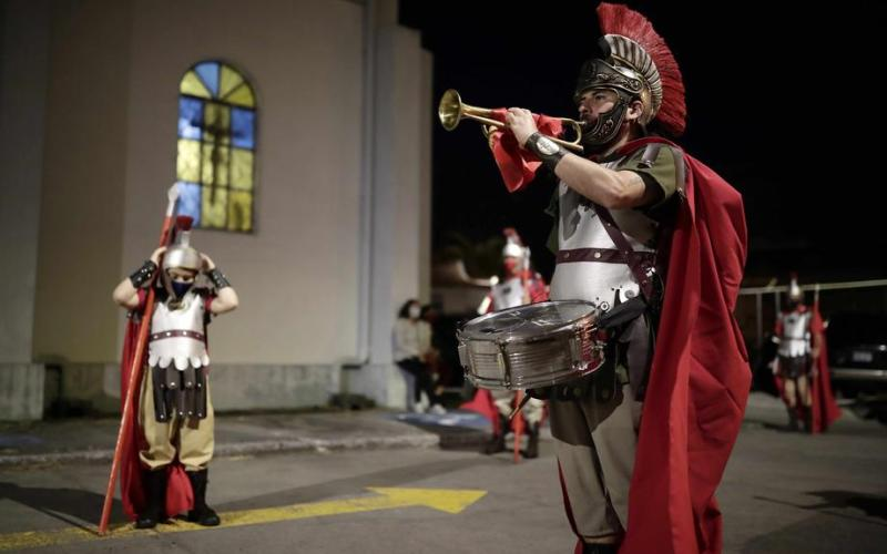 Photo Story – Holy Week procession in San Jose