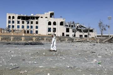 Saudi-led coalition intensifies Yemen air strikes