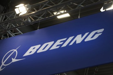 Boeing will require its 125,000 U.S. employees to be vaccinated against COVID-19