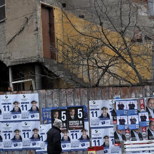 Bulgarians elect new parliament amid COVID fears, anger over graft