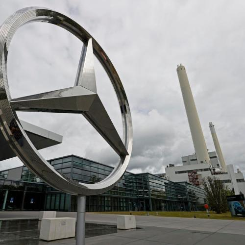Daimler to hit the gas on electric shift after strong start to 2021