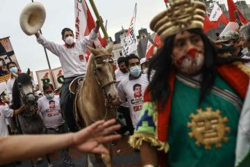 Peru braces for 'most fragmented election in history'