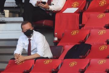 Ed Woodward resigns as Man United Chairman