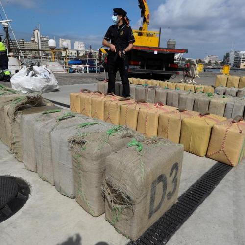 Police arrest 100 gang members who smuggled drugs into Spain on speedboats