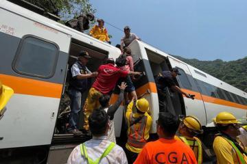 UPDATE – Train crash kills 50 in Taiwan's deadliest rail tragedy in decades