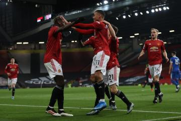Five English clubs sign up to breakaway league – report
