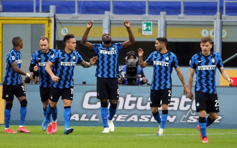 Lukaku, Martinez lead Inter to 10th win a row