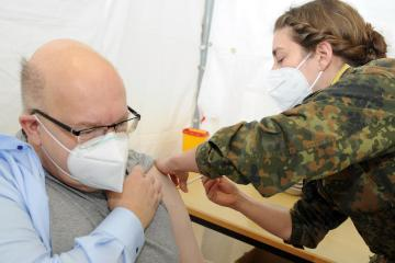 Austria to funnel 651,000 COVID vaccine doses to Western Balkans from EU