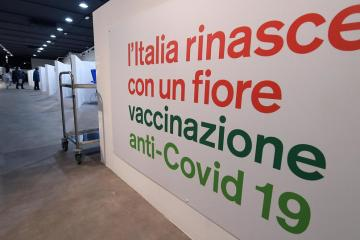 Italy might revamp COVID-19 tracing app for vaccine passports