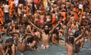 Photo Story – Kumbh Mela in Haridwar, India