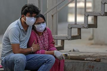 India reports 29,689 new COVID-19 cases, lowest since March 17