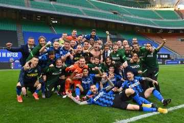 Champions Inter celebrate title in style with thrashing of Sampdoria