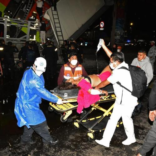 Photo Story – Devastation and death after subway crash in Mexico City