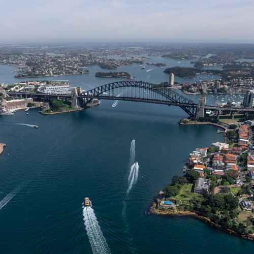 Australia expects warmer, wetter winter; rules out El Niño event