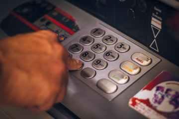 Britain's financial regulator warns over hasty cash machine closures