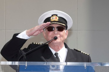 UPDATE – Gavin MacLeod, star of 'Love Boat' and 'Mary Tyler Moore', dies at 90