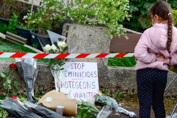 Photo Story – Mother of three burned alive by her husband near Bordeaux