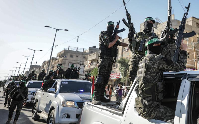 Photo Story – Izz ad-Din al-Qassam fighters parade in Southern Gaza strip
