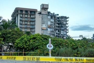 UPDATED: Huge emergency operation under way after building collapse in Miami