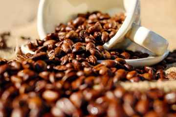 U.S. coffee roasters scramble for Colombian supplies, prices jump