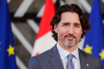 Canada PM Trudeau angrily accuses main rival of favoring abortion curbs, gun owners