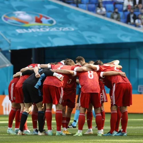 Russia back on track after 1-0 win over Finland