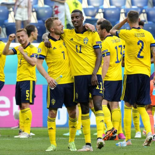 Forsberg fires Sweden to 1-0 victory over Slovakia