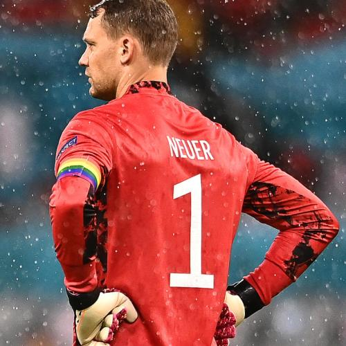 Kane, Neuer to wear rainbow captain's armbands in Euro game