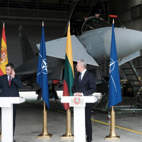 Spanish PM's news conference in Lithuania halted for jet take-off