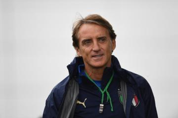 Italy's entertainers want to win Euro 2020 in style, says Mancini