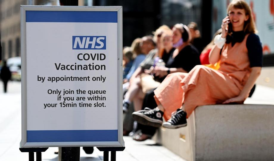 Britain to offer COVID shots to all 16- and 17-year-olds