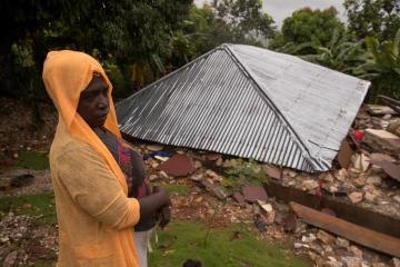 Tremors strike Haitian city still reeling from quake