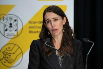New Zealand PM Ardern extends COVID-19 lockdown in Auckland