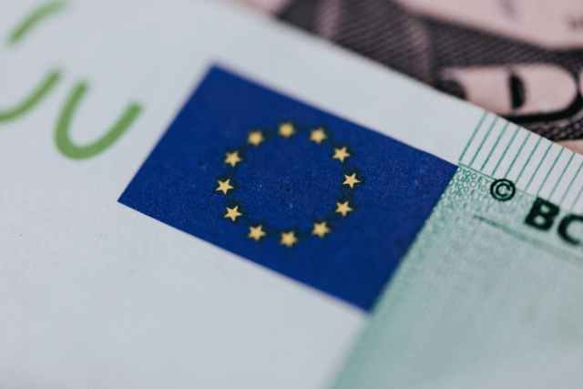Euro zone trade surplus slips in July as imports rise sharply