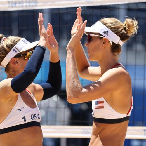 US defeats Australia to win gold medal in women's beach volleyball
