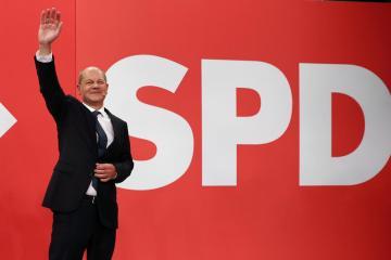German SPD beat conservatives in vote to decide Merkel successor