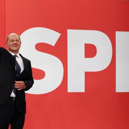 German Social Democrats upbeat over coalition talks as conservatives regroup